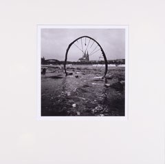 Rim and cathedral. Cologne, Germany - 2009 (Silvergelatineprint in Passepartout 40 x 40 cm, Edition of 25)