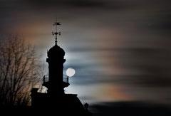 Ian : Château d'Aubiry dans un voile mystique