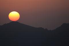 Frank : Vue du lever de soleil depuis le Pic du Bastiment 2881 m d'altitude dans le Ripollès en Catalunya