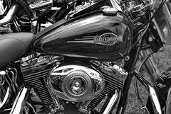 Monique : Harley-Davidson