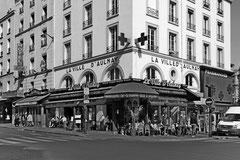 """Monique : Café """"la Ville d'Aulnay"""" Gare du Nord, Paris"""
