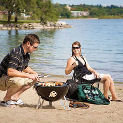 Als mobiler Kugelgrill für das Picknick oder den Urlaub verwendbar