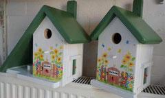 houten nestkastje beschilderd bloemen zonnig entree welkom