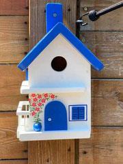 houten nestkastje Grieks huisje bougainville balkon_8
