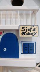 houten nestkastje beschilderd Grieks huis Bakery persoonlijk_5