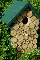 Houten Nestkastje, Nestkastje met hout bruin en groen, Details, Vogelhuisje bouwen ,  vogelhuisje met hout bruin en groen_5