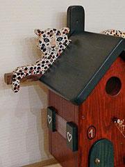 Houten Nestkastje, Nestkastje met Luipaard, Details, Vogelhuisje bouwen, vogelhuisje met luipaard_9