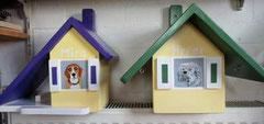 houten vogelhuisje beschilderd portret hond urne hond_3