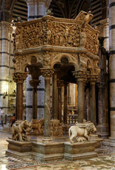 Siena Marmorkanzel des Doms
