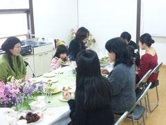 2013/02/05(火) エンジェルキッチンでマクロビの料理などを持ち込みで新年会を開きました。