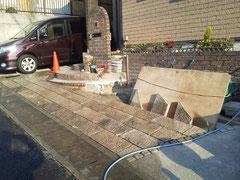 駐車場・駐輪場 サイクルポート リフォーム 貼り石作業中
