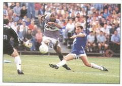 N° N° 008 - 1999-00 - But de Christian face à Troyes qui ouvre les portes de la ligue des Champions au PSG, 2ème du championnat.