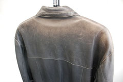 レザーコート擦れ劣化色あせ2リペア前