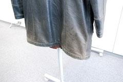 レザーコート擦れ劣化色あせ3リペア前