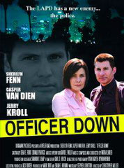 OFFICER DOWN (SEULE FACE A L'ENFER) de Christopher Miller •  Universal - 2005 - USA •  Studio de doublage : Télétota •  Direction artistique : Catherine Brot