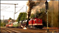 Bunt gemischter Lokzug am 23.08.2010 auf Rangierfahrt durch Niederwiesa.