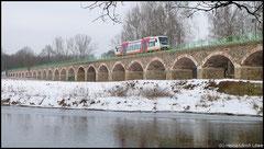 Hier die Citybahn über dem Braunsdorfer Viadukt.
