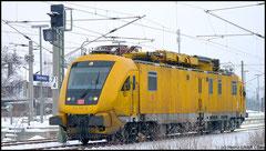 711 117 Instandhaltungsfahrzeug für Oberleitungsanlagen am 08.01.2010.