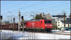 Heute, am 17.02.2010,  Railion 145 025 mit VW-Zug durch Niederwiesa.
