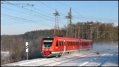 612 520 auf der Sachsen-Franken-Magistrale von Dresden nach Nürnberg, hier am 18.12.2010 zwischen Niederwiesa und Chemnitz.