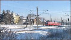 Am 05.01.2010 war ein sonniger Wintertag. Hier verläßt eine Doppeltraktion Triebwagen der Baureihe 612 Niederwiesa in Richtung Nürnberg