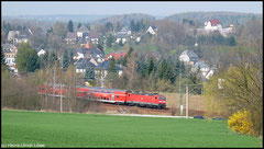Planverkehr am 19.04.2010 durch die Niederwiesaer Frühlingslandschaft.