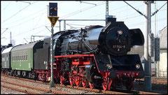 41 1144 führt Lokzug am 26.03.2010 an.