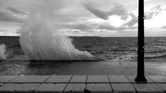 Die ganze Nacht tobte das Meer. Zweimal wurde Meeresalarm gegeben.