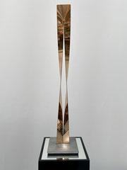 OLYMPIA KLEIN, 2019, Bronze auf Edelstahlplatte, H: 48 cm, Auflage: 1/3 + 1a.p