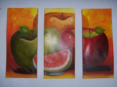 manzana tricolor con sandia fondo naranja