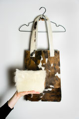custom made bag van een bank