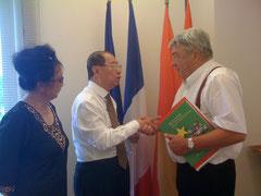 SE Trinh Ngoc Thai et Mr Gayssot