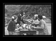 die Gruppe beim Frühstückskaffee