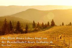 Bildnr. 1 / Kandel bei Freiburg, Sonnenaufgang