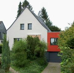 Saarstraße: Neugestaltung Fassade und Dach, energetische Sanierung