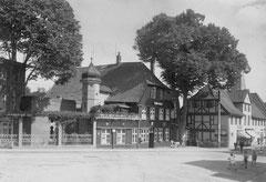 """Juni: Das """"Voss-Haus"""" im Jahr 1939"""