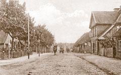 Oktober: Weidestraße um 1900