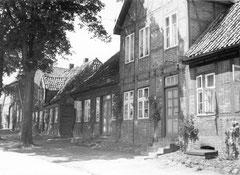 Juli: Das historische Ensemble in der Weidestraße