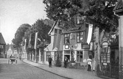 Januar: Das Voss-Haus um 1905