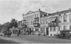 Deckblatt: Bahnhofsvorplatz in den 1920er Jahren