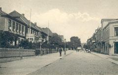 November: Auguststraße im Jahr 1912