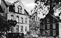 August: das Elisabethkarnkenhaus in den 1950ern