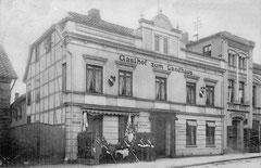 Februar: Gasthof zum Landhaus, Königstraße 1, um 1912