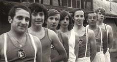 1970 ; 4 de cette équipe sont encore  au comité en 2010 ; ....les reconnaissez -vous ?...