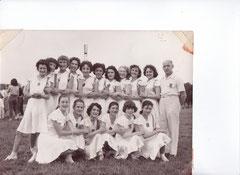 1957   L'Ancienne 1869 en compétition à REIMS