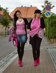 Schwarz - kombiniert mit Pink als Eyecatcher!