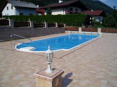 Swimmingpool ( 10 x 4 x 1,5 m)