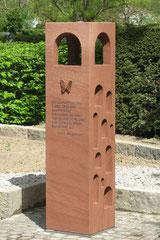 Material: Vogesen-Sandstein, Herkunft: Frankreich, Bearbeitungsort: Deutschland