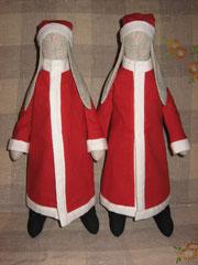 Новогодние зайцы. Рост 40 см, стоят и сидят, руки и ноги двигаются. Ткань лён, бязь, фланель, наполнитель холлофайбер. Цена 300 грн.