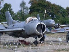 MiG19 0412-3
